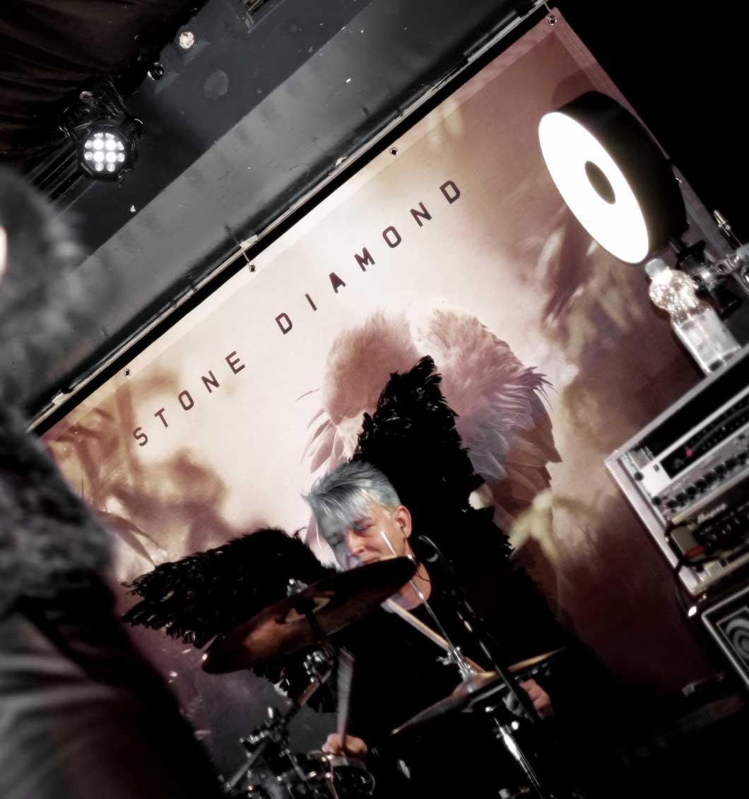 phoenix-prerelease-concert-blue-shell_01